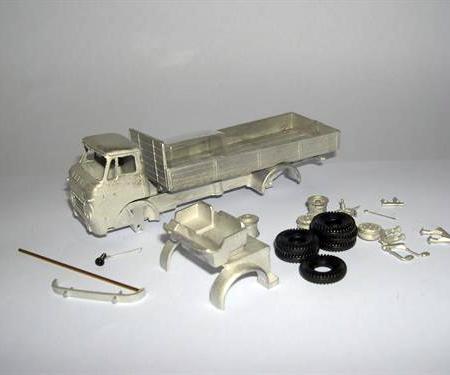 Bedford TK Box Van Short Chassis (L115mm)