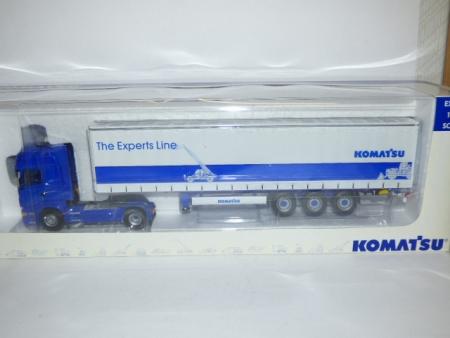 Universal Hobbies Scania R580 Articulated Curtainsider, Komatsu