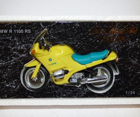 Minichamps Motorbikes & Figures